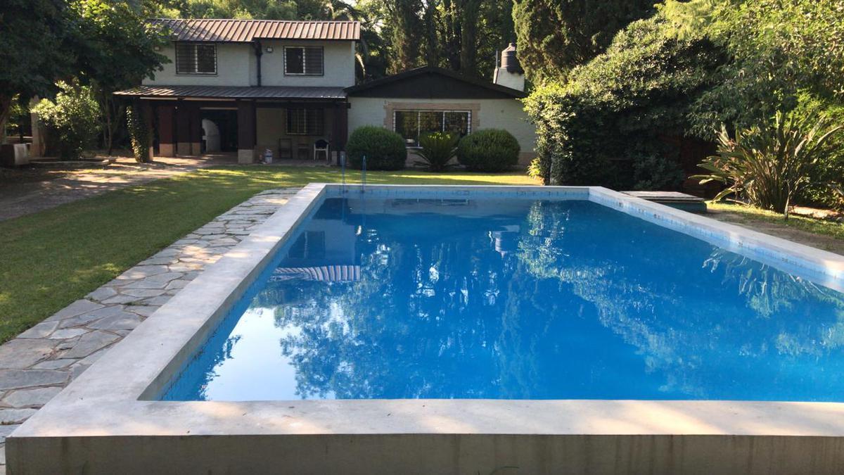Foto Quinta en Venta en  El Cortijo,  Los Polvorines  GABRIELA MISTRAL al 200