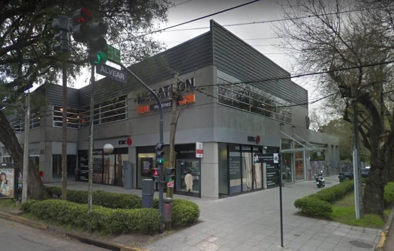 Foto Local en Alquiler en  Martinez,  San Isidro  Av. del Libertador al 13800