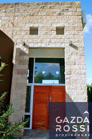 Foto Casa en Venta en  El Lauquen,  San Vicente  Ruta 58 km 10