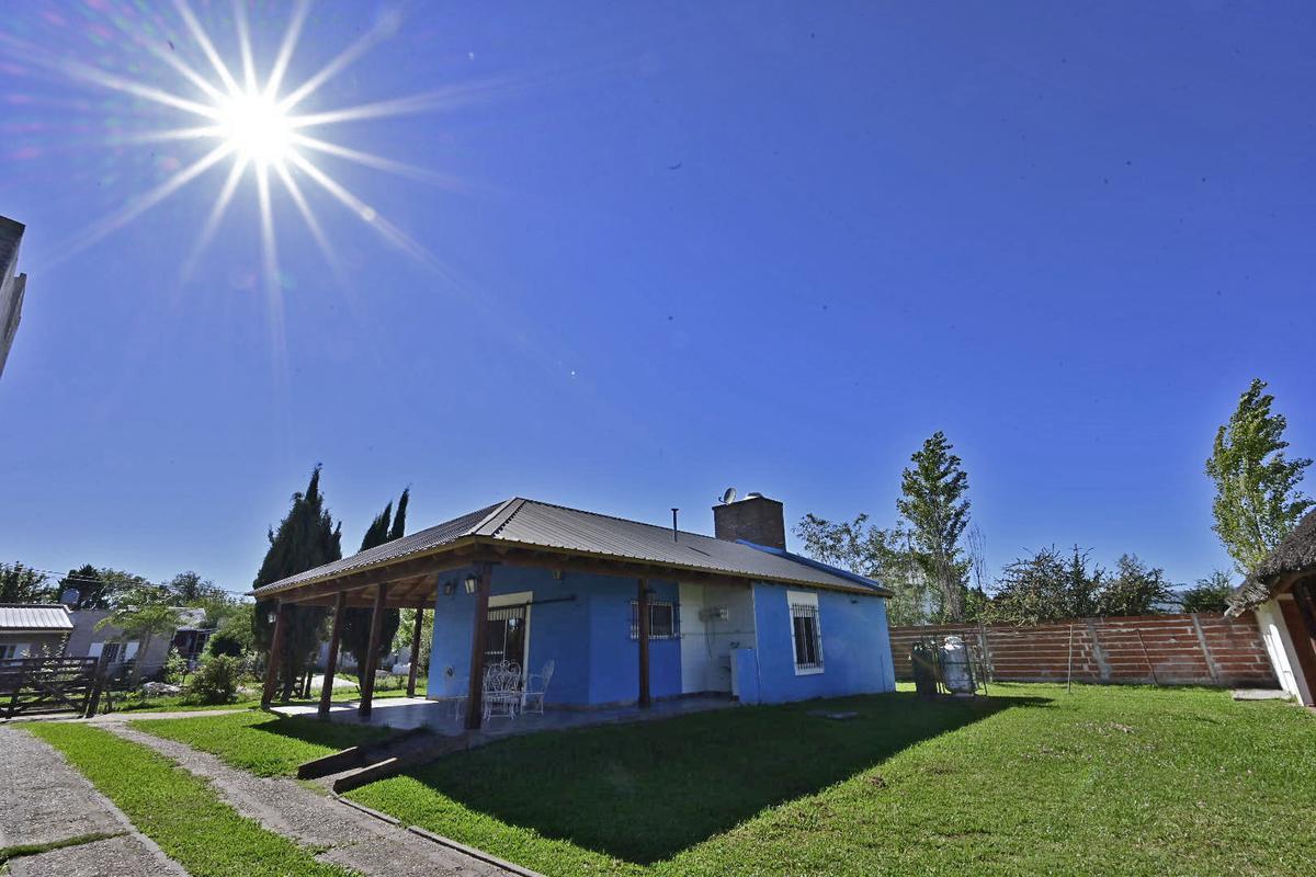 Foto Casa en Venta en  Pueblo General Belgrano,  Gualeguaychu  Entre Ríos  al 400