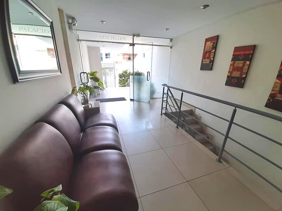 Foto Departamento en Alquiler en  Miraflores,  Lima  Avenida Enrique Palacios