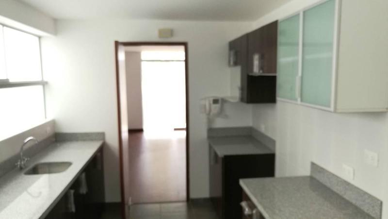 Foto Departamento en Venta en  Santiago de Surco,  Lima  Calle Augusto Wieses 616