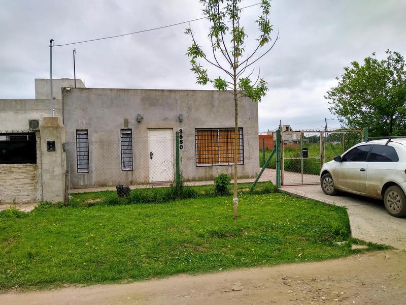 Foto Casa en Venta en  La Reja,  Moreno  Los Olmos al 3500