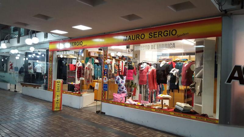 Foto Local en Venta en  Centro,  Cordoba  Bernardino Rivadavia al 100