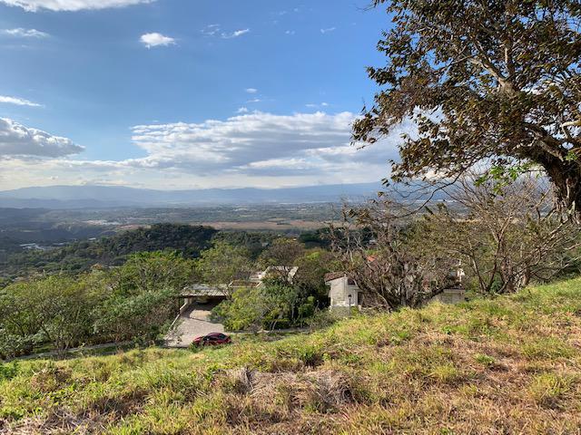Foto Terreno en Venta en  Piedades,  Santa Ana  Santa  Ana/ Espectacular vista /Plano/ Vecino a zona protegida/ Tranquilidad