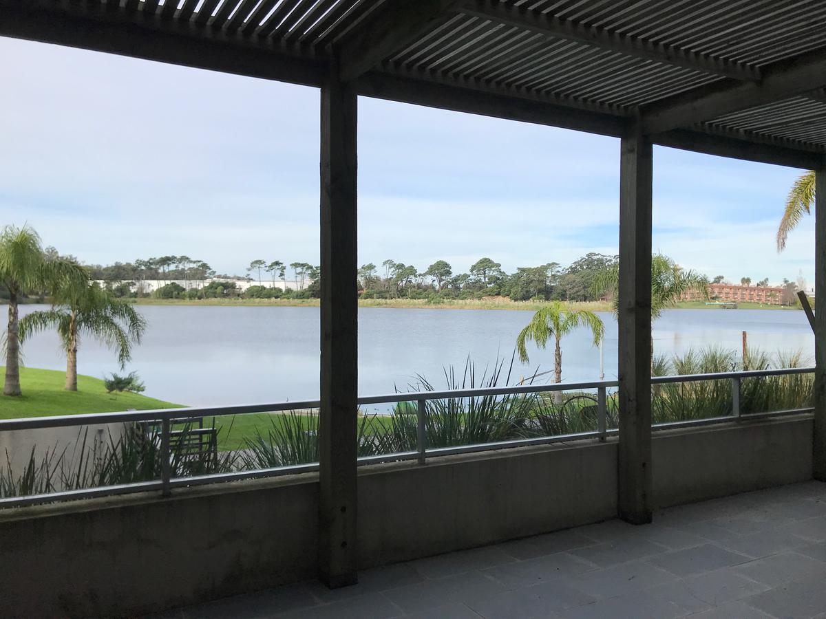 Foto Apartamento en Venta en  Parque Miramar ,  Canelones  Excelente planta. Lago y estufa