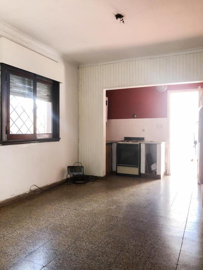 Foto Casa en Venta en  Ensenada ,  G.B.A. Zona Sur  eva peron  n 531