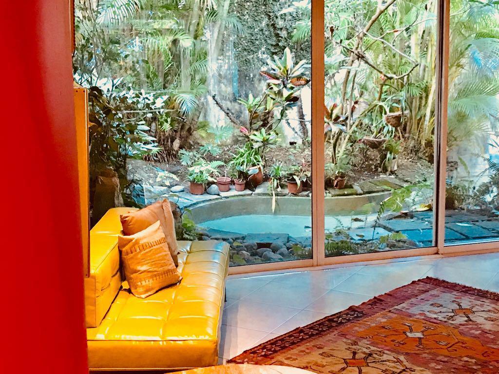 Foto Casa en Venta en  San Rafael,  Escazu  Escazú / Independiente / 4 habitaciones + Servicio