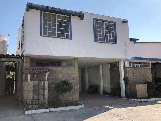 Foto Casa en Venta en  Fraccionamiento Residencial Real Campestre,  Altamira  Casa en venta Fracc. Real Campestre