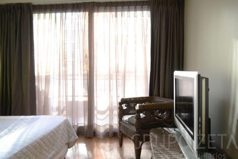 Foto Departamento en Alquiler temporario en  Puerto Madero ,  Capital Federal  Olga Cossentini 1600