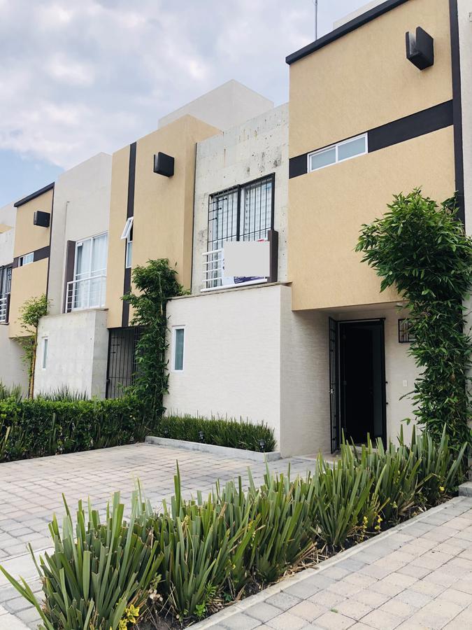 Foto Casa en condominio en Renta en  San Mateo Otzacatipan,  Toluca  Privada Encarnación. Misiones II