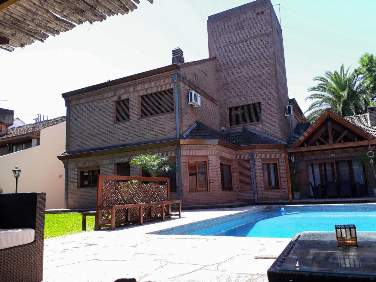 Foto Casa en Alquiler en  Mart.-Santa Fe/Fleming,  Martinez  Necochea al 1500
