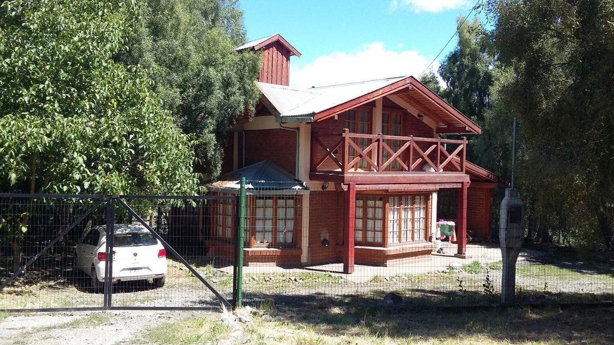 Foto Casa en Venta en  Villa Turismo,  El Bolson  RR3662