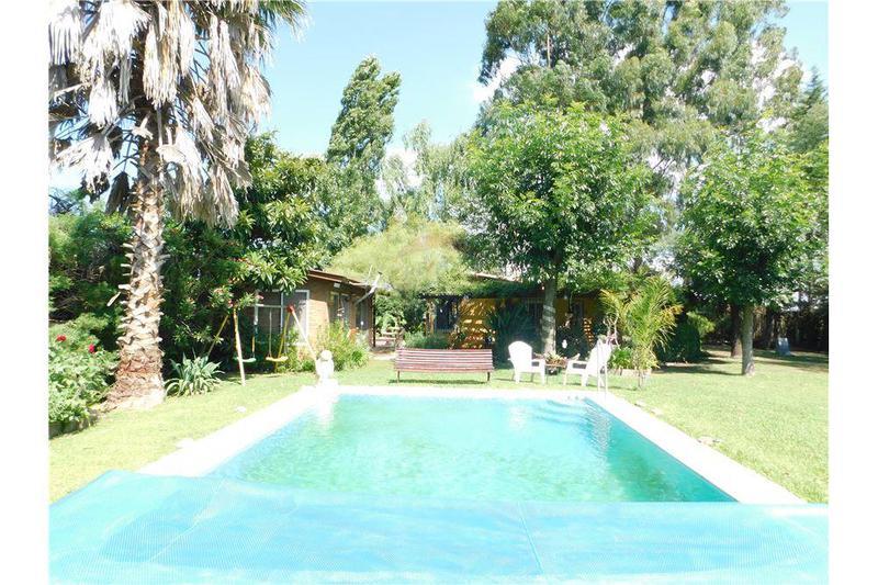 Foto Casa en Venta en  Abasto,  La Plata  ruta 2