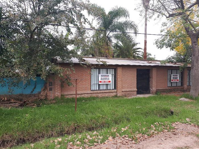 Foto Local en Alquiler en  Funes ,  Santa Fe  Monteagudo al 1600