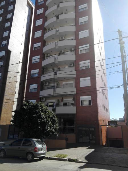 Foto Departamento en Venta en  Lomas de Zamora Oeste,  Lomas De Zamora  Laprida 729 8º B