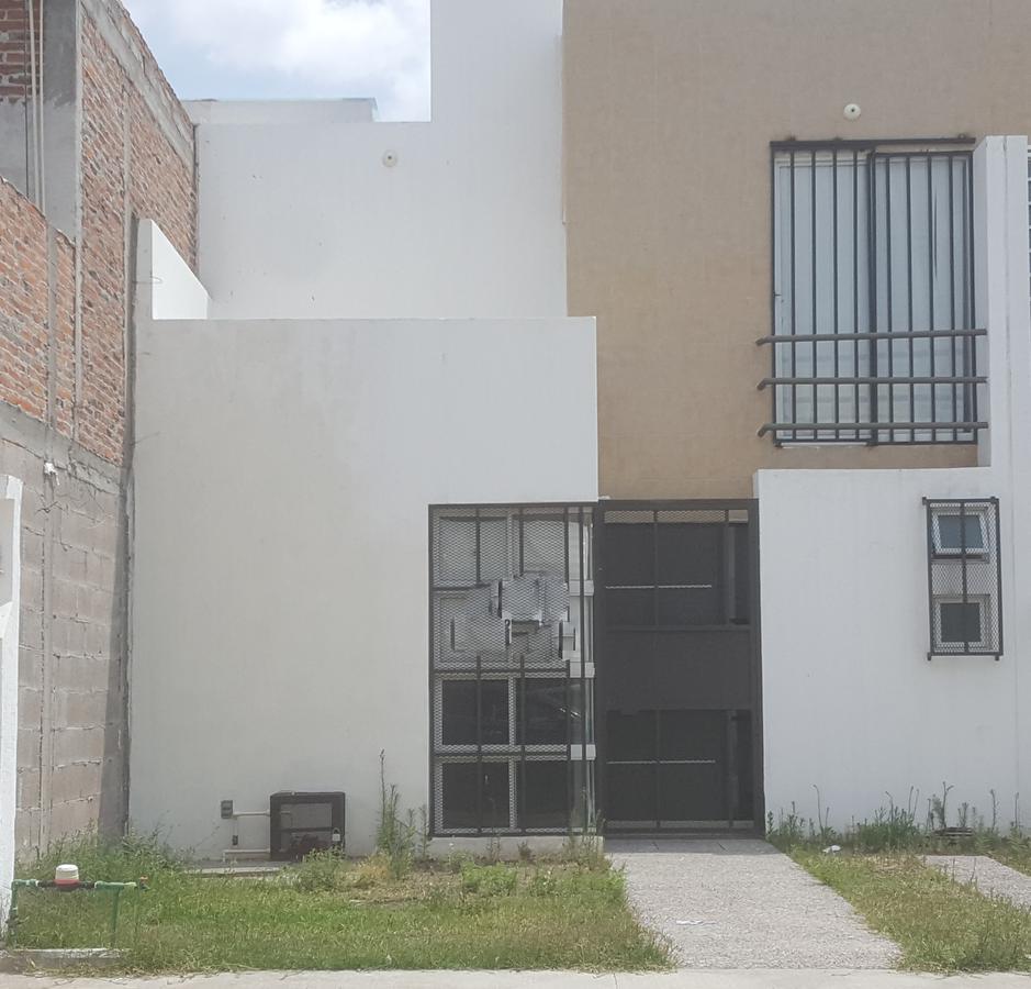 Foto Casa en Renta en  Las Mercedes,  San Luis Potosí  Casa en renta cerca hotel Encore de carretera 57