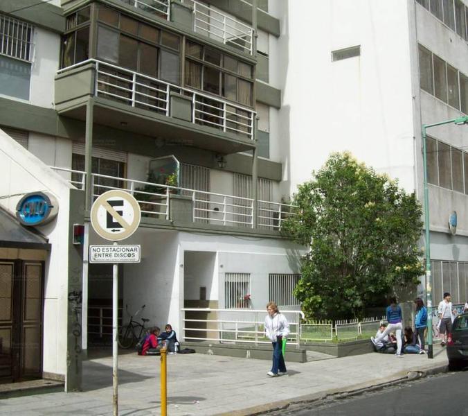 Foto Departamento en Alquiler en  Almagro ,  Capital Federal  Guardia Vieja al 4200