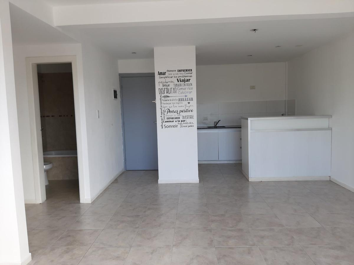 Foto Departamento en Venta en  La Plata ,  G.B.A. Zona Sur  18 y 59