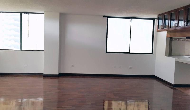 Foto Departamento en Venta en  Norte de Quito,  Quito  UNION NACIONAL