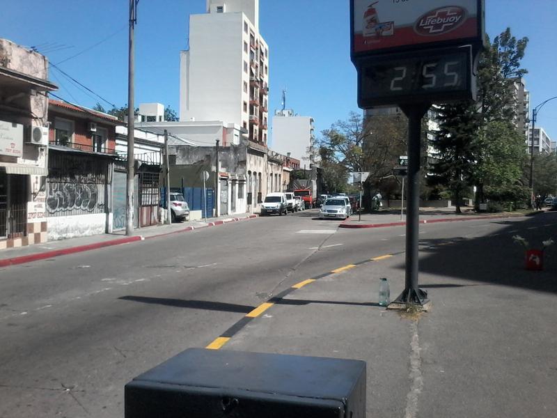 Foto Terreno en Venta en  Parque Batlle ,  Montevideo  Terrenos en Parque Batlle - 1 dormitorios