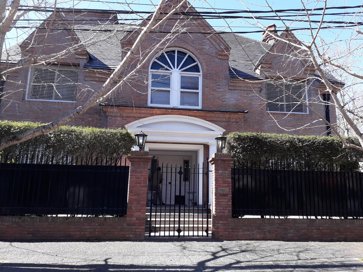 Foto Casa en Alquiler en  Mart.-Libert./Rio,  Martinez          Jose C Paz al 1400