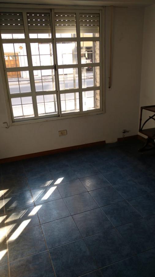 Foto Casa en Venta en  Rosario ,  Santa Fe  Alem 1933- ACEPTO DEPARTAMENTOS