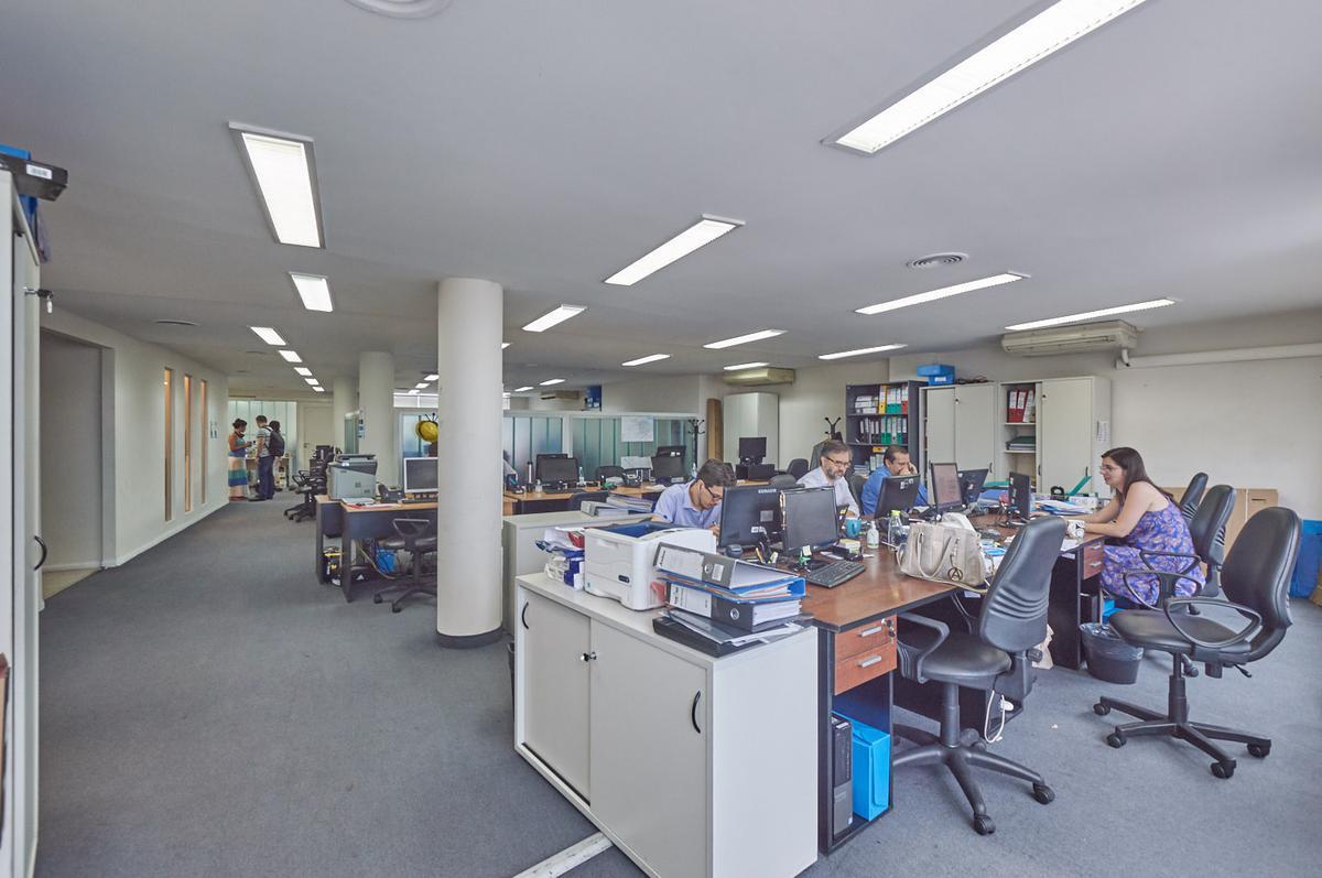 Foto Oficina en Alquiler en  Catalinas,  Centro  Alem al 800
