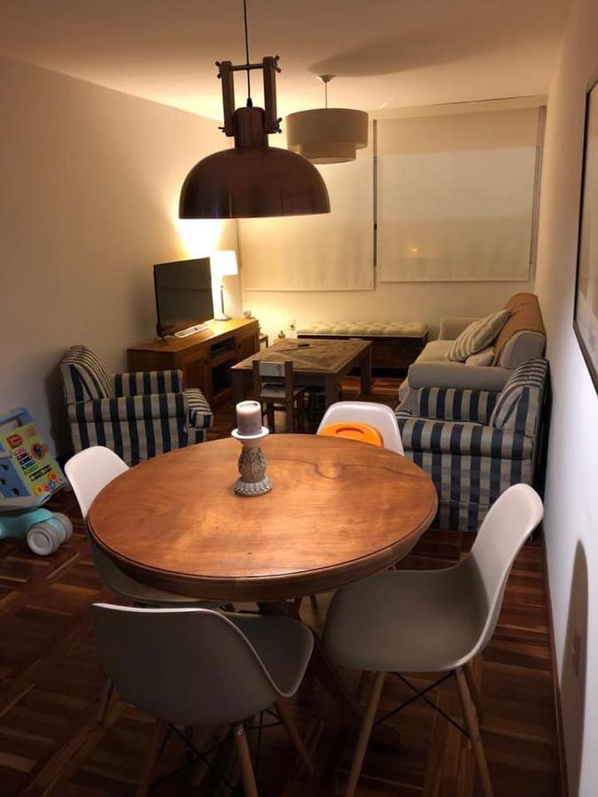 Foto Apartamento en Venta en  Pocitos ,  Montevideo  Apartamento con renta