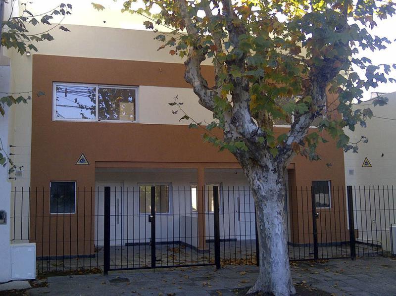 Foto Casa en Venta en  San Isidro ,  G.B.A. Zona Norte  General Paz entre FRANCIA y TOMKINSON