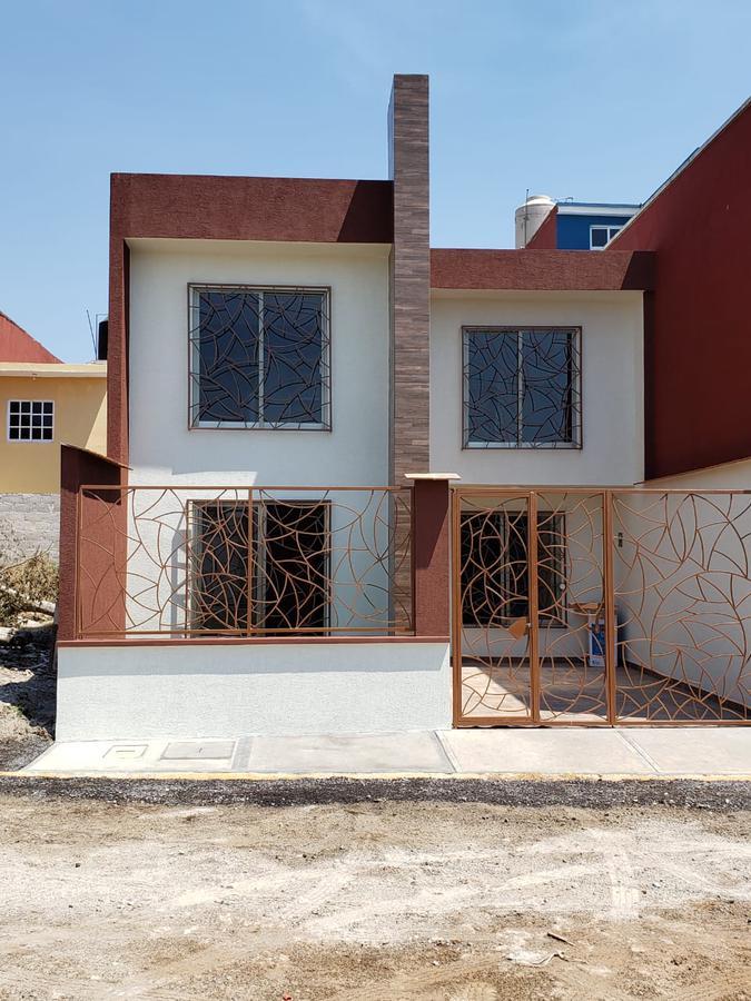 Foto Casa en Venta en  Campo Viejo,  Coatepec  HERMOSA CASA EN VENTA EN COL. CAMPO VIEJO