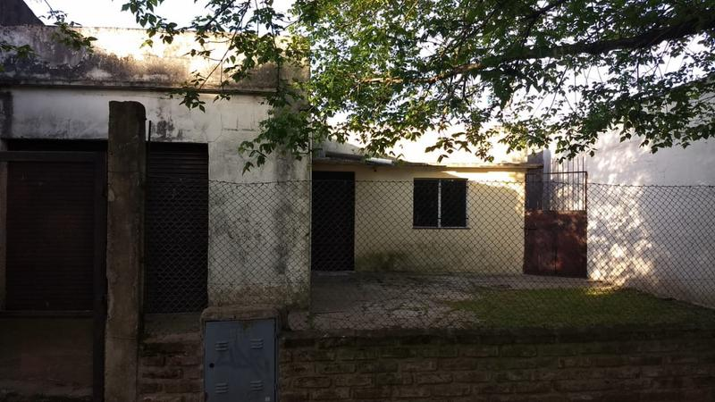 Foto Casa en Venta en  Bella Vista,  San Miguel  Guido Spano al 400. (cod: 1031).