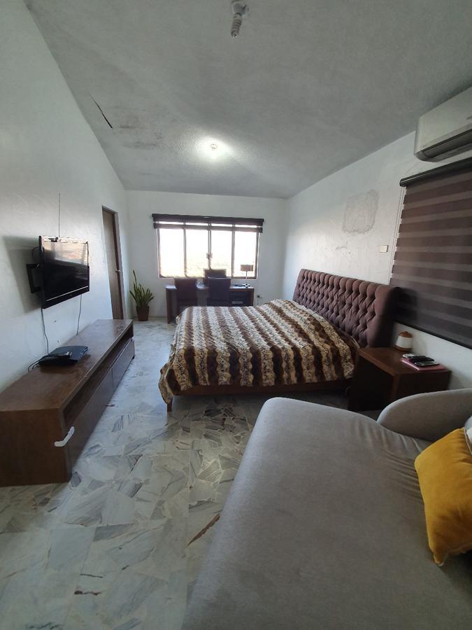 Foto Casa en Venta en  Cumbres 4to Sector,  Monterrey  Col. Cumbres 4to Sector