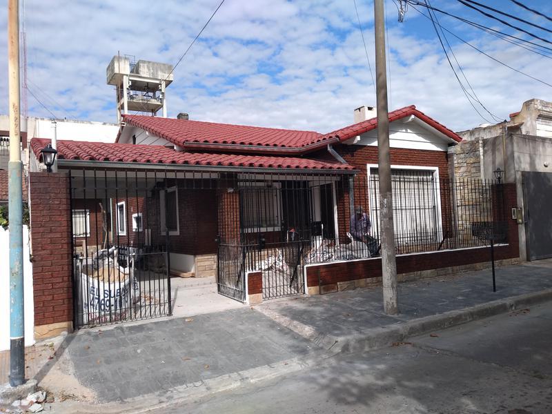 Foto Casa en Alquiler en  Bella Vista,  San Miguel  MAIPU al 1400