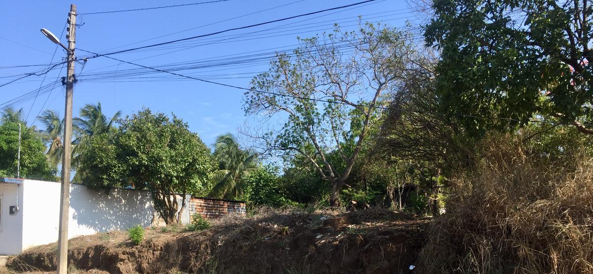 Foto Terreno en Venta en  Coyol,  Veracruz  TERRENO IDEAL PARA CASA/HABITACIÓN EN EL COYOL A UNA CUADRA DE AV. PRINCIPAL