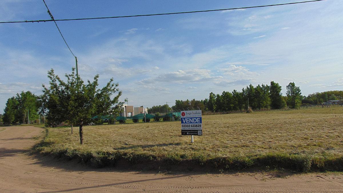 Foto Terreno en Venta en  General Pico,  Maraco  MALMA