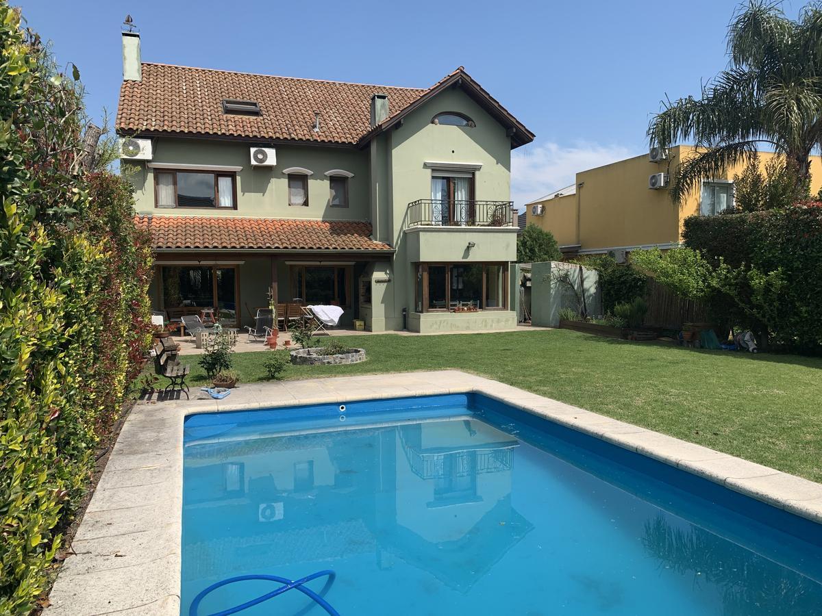Foto Casa en Venta en  Los Ceibos,  Rincon de Milberg  Los Ceibos al 100
