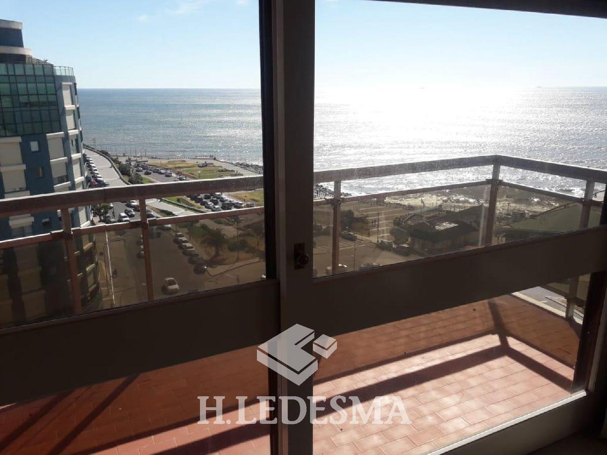 Foto Departamento en Venta en  Centro,  Mar Del Plata  CORRIENTES 1500 • FRENTE AL MAR