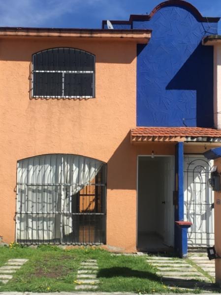 Foto Casa en condominio en Renta en  Santa María Totoltepec,  Toluca  EN VENTA Y/O RENTA CASA EN CONJUNTO CAMPO REAL I