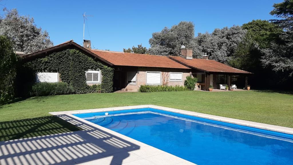 Foto Casa en Alquiler temporario en  Carabassa,  Pilar  Sor Teresa 700