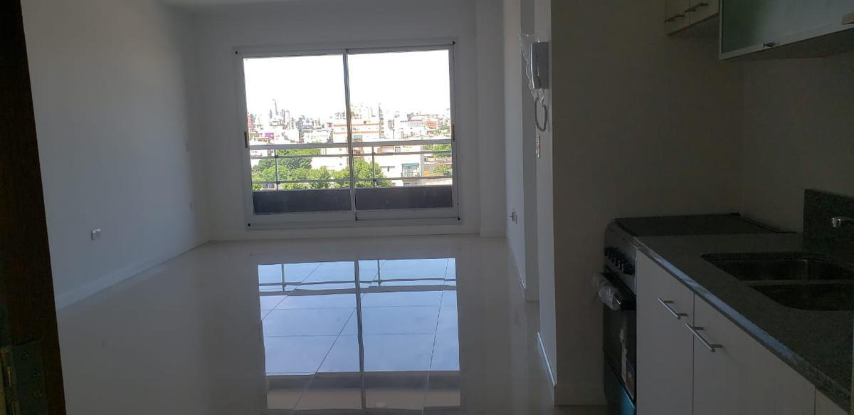 Foto Departamento en Venta en  San Cristobal ,  Capital Federal  LA RIOJA 1432 1 E