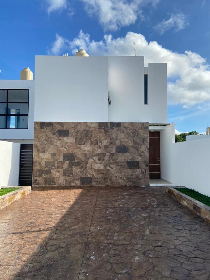 Foto Casa en Venta en  Pueblo Chichi Suárez,  Mérida  ACACIAS EN VENTA MODELO B