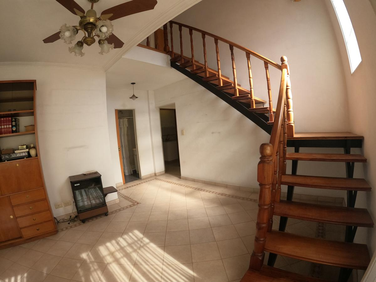 Foto Casa en Venta en  Esc.-Centro,  Belen De Escobar  Italia 669