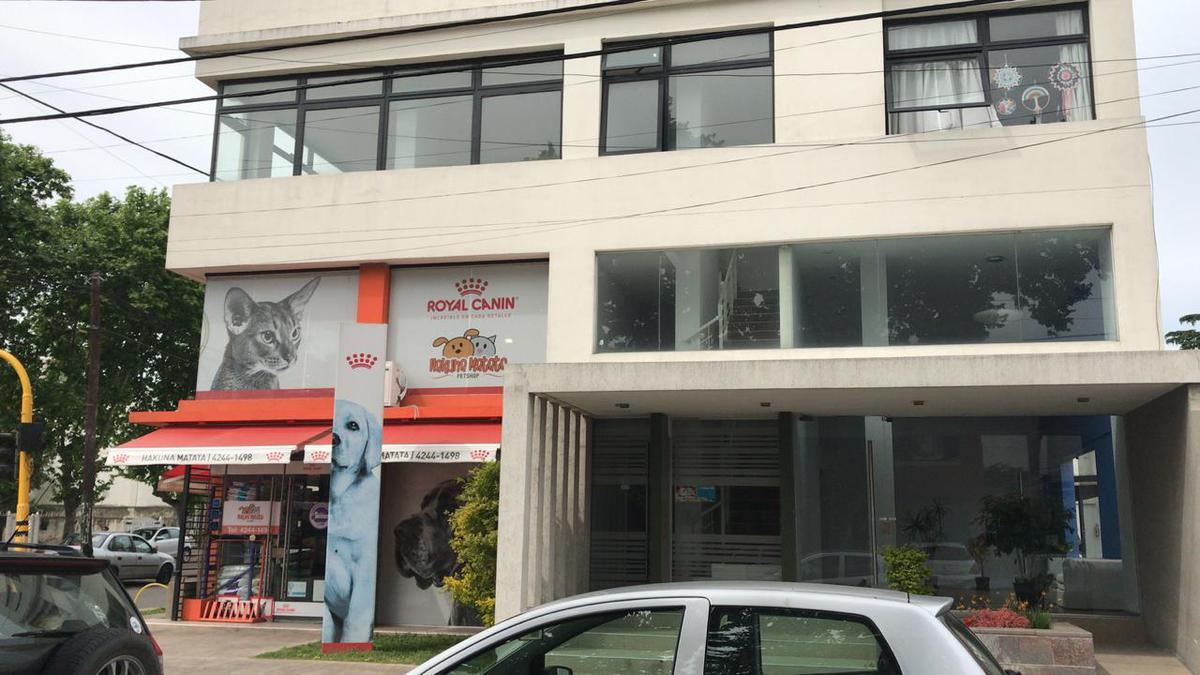 Foto Oficina en Venta en  Lomas De Zamora ,  G.B.A. Zona Sur  Pedernera 89