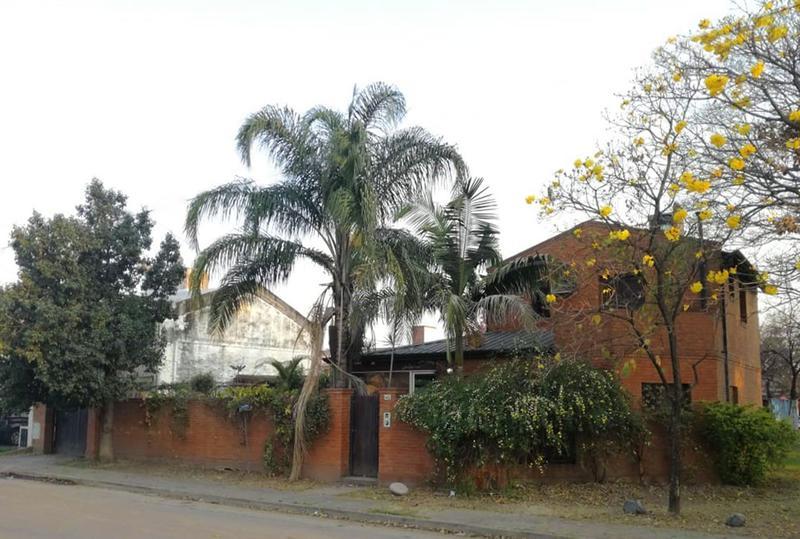 Foto Casa en Alquiler en  San Miguel De Tucumán,  Capital  Av. America 50