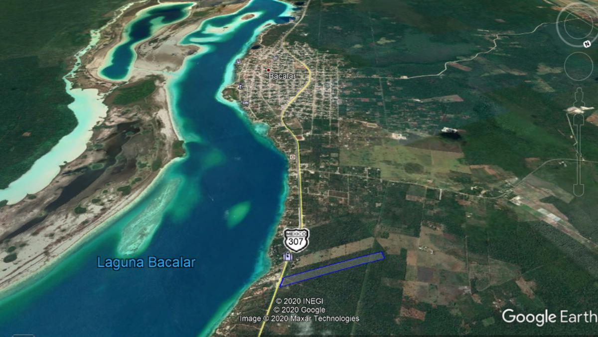Foto Terreno en Venta en  Bacalar ,  Quintana Roo  Terreno en venta  a la entrada de Bacala