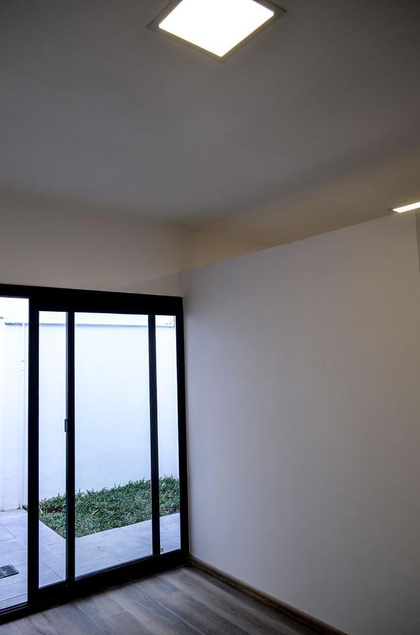 Foto Departamento en Venta en  Echesortu,  Rosario  Crespo 919