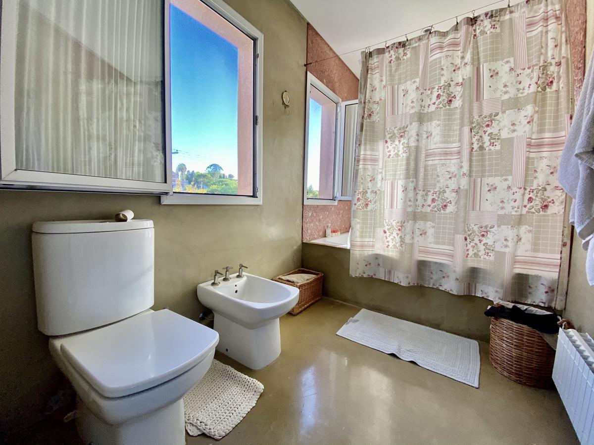 Foto Casa en Alquiler en  Marina Canestrari,  Countries/B.Cerrado (San Fernando)  Escalada al 2400
