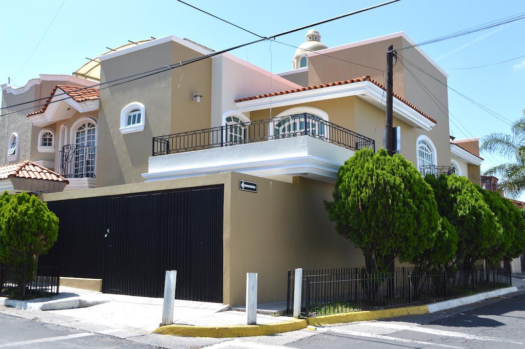 Foto Casa en Venta en  Rancho Nuevo,  Guadalajara  Martín Gonzalez 4206