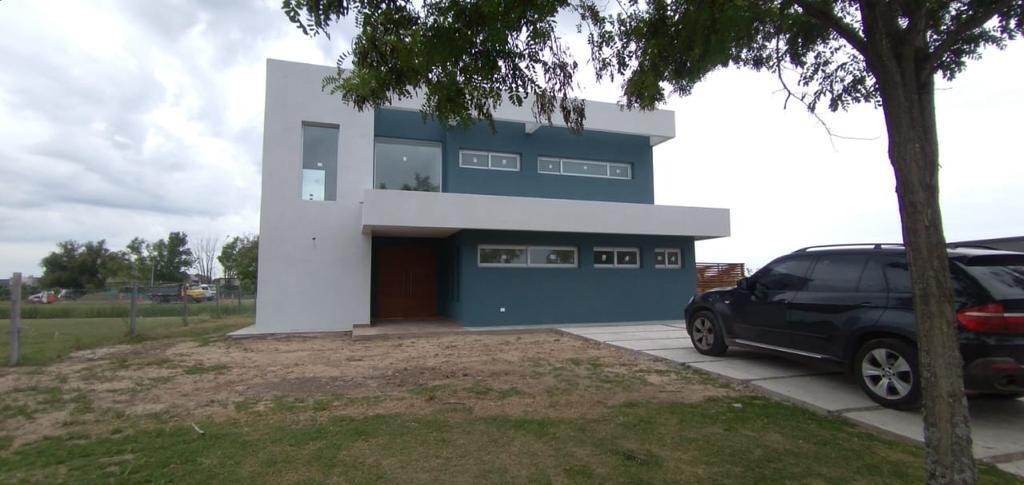 Foto Casa en Venta en  El Canton,  Countries/B.Cerrado (Escobar)  Casa en venta. 4 ambientes con pileta , Excelente vista